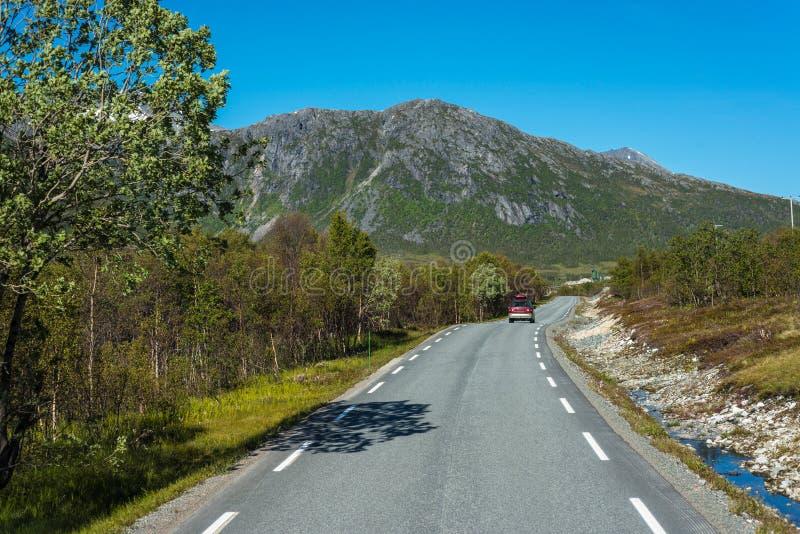 路线862在特罗姆斯,挪威北部 免版税库存照片