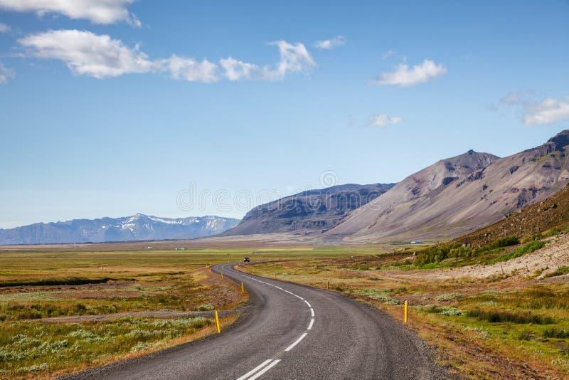 路线1环行路冰岛东部斯堪的那维亚 免版税库存图片