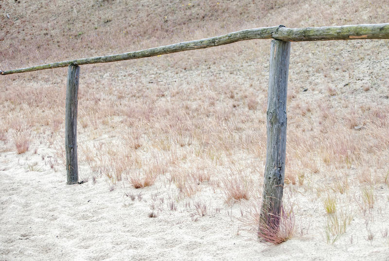 Download 路通过沙丘 库存照片. 图片 包括有 平安, 重新创建, 小珠靠岸的, 火箭筒, 扶手栏杆, 放弃了, 小径 - 59102264