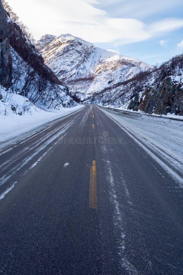 冻路,挪威 库存图片