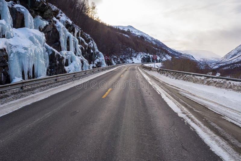 冻路,挪威 库存照片