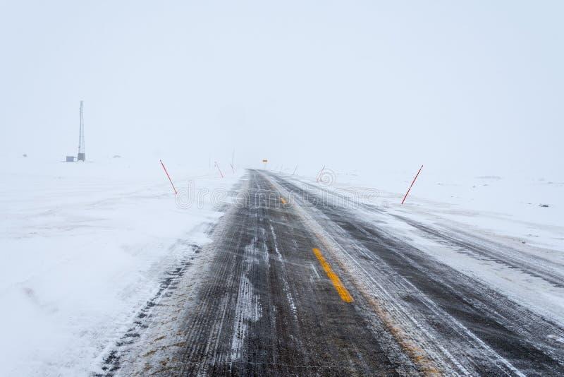 冻路,挪威 免版税库存图片