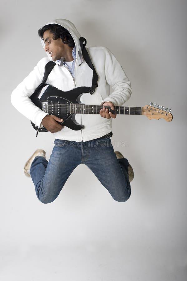跳舞吉他演奏员 库存照片