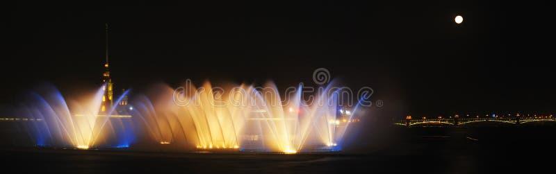 跳舞喷泉水 库存照片