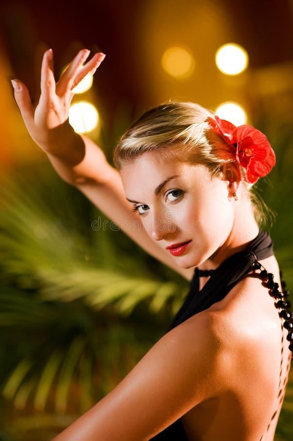 跳舞探戈妇女 免版税图库摄影