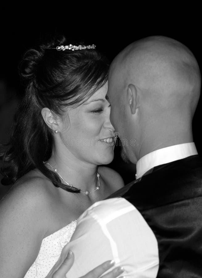 跳舞第一个婚礼 免版税库存图片