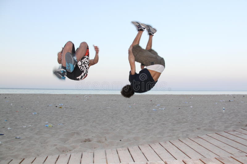 跳parkour 免版税图库摄影