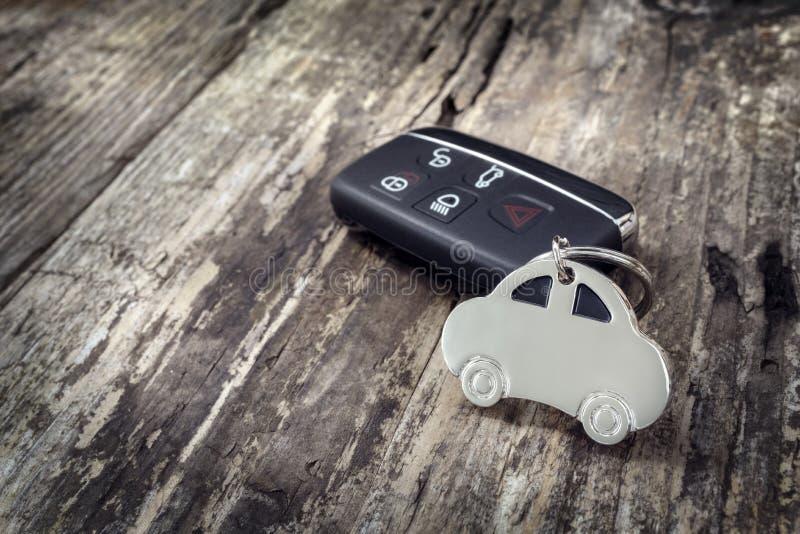 车形钥匙圈和无钥匙进入遥控器 免版税图库摄影