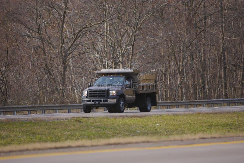 转储小的卡车 免版税库存照片