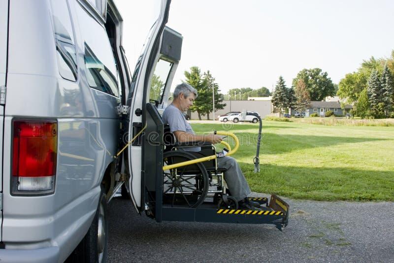 转换残疾有篷货车 库存照片