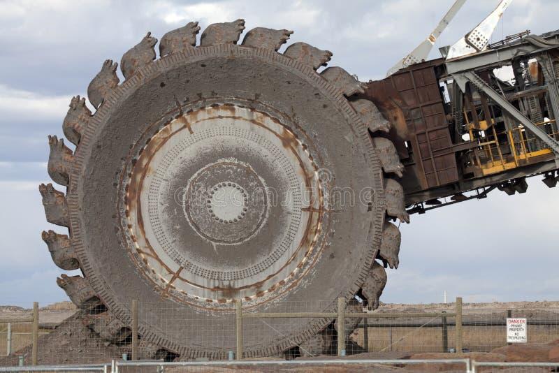轮子桶挖掘机,亚伯大,加拿大 库存照片