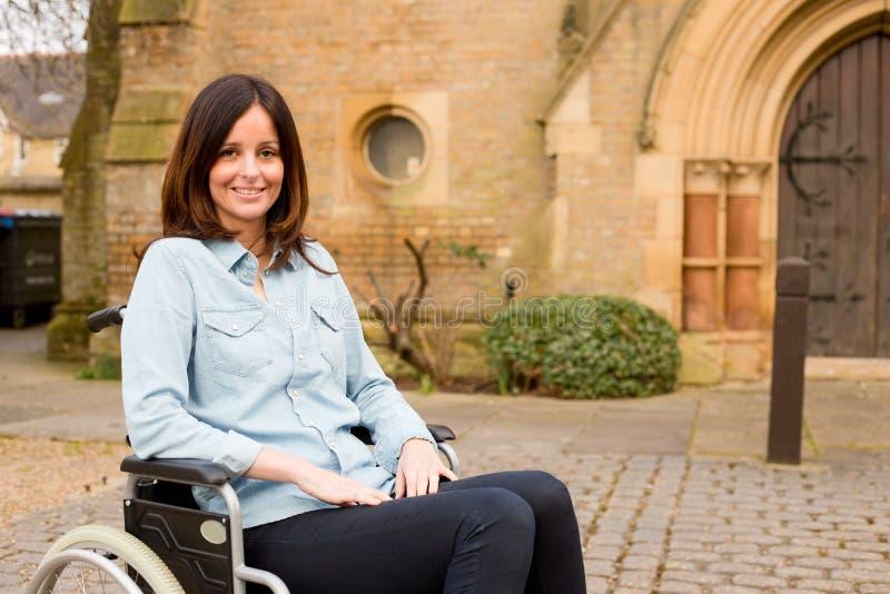 轮椅女孩 免版税库存图片