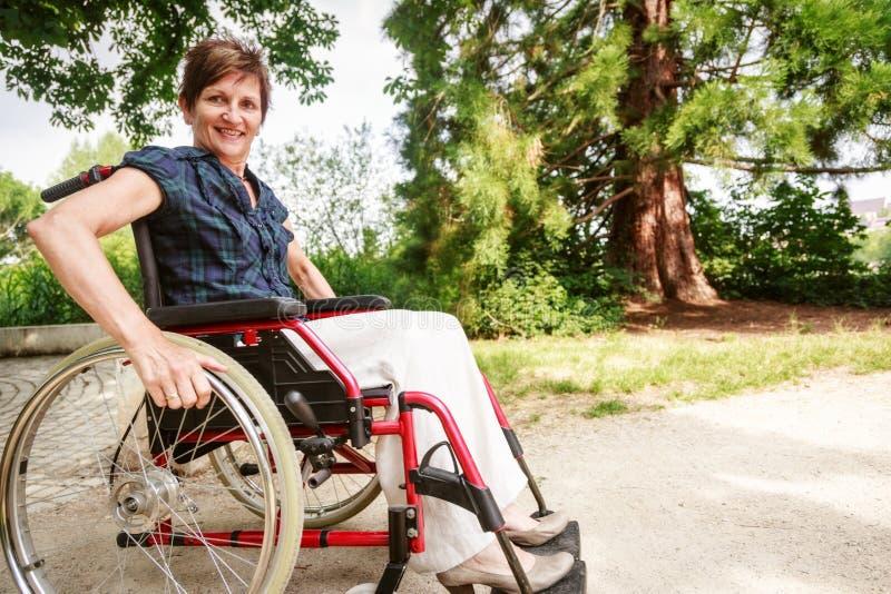 轮椅的资深人 免版税图库摄影