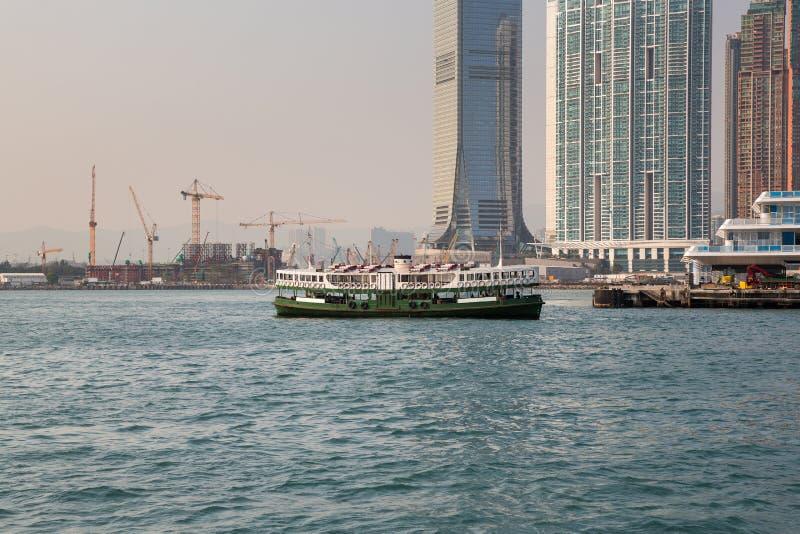 轮渡在香港维多利亚港口 免版税图库摄影