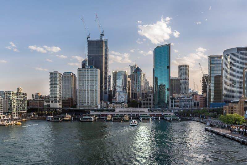 轮渡码头和环形码头火车站,悉尼澳大利亚 库存照片