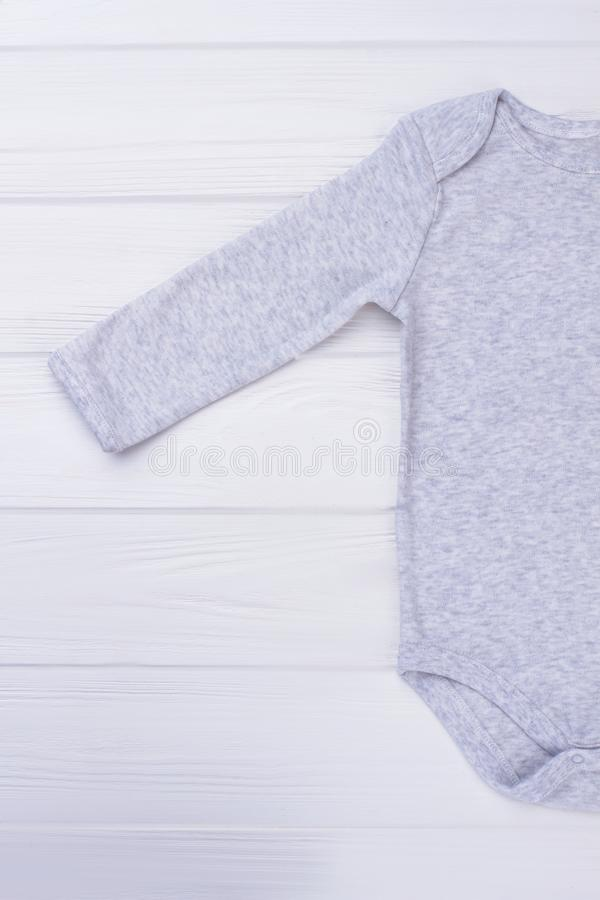 软的棉花婴孩onesie袖子 库存图片