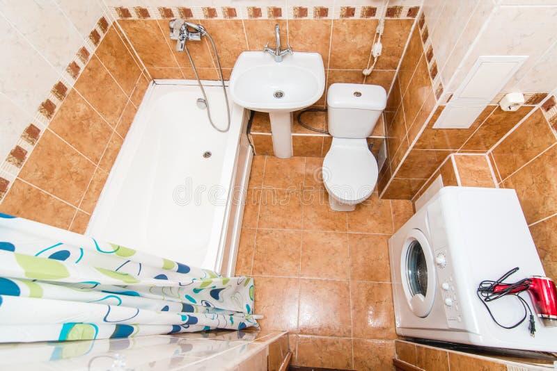 轻的卫生间的照片 图库摄影