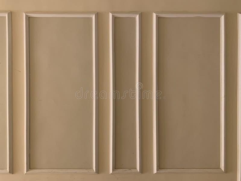 轻的米黄墙壁 免版税库存照片