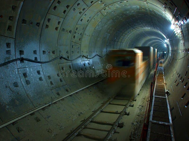 轻的铁路隧道 免版税库存照片