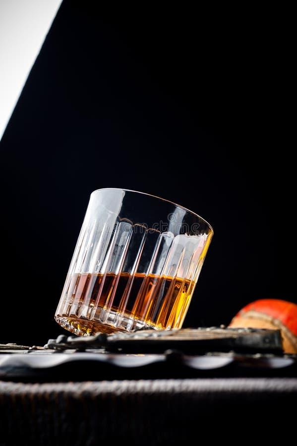 轻量级点心用威士忌酒 万圣夜膳食 免版税库存照片