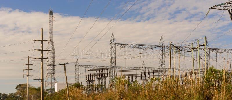 输电塔在黎明07 免版税库存照片