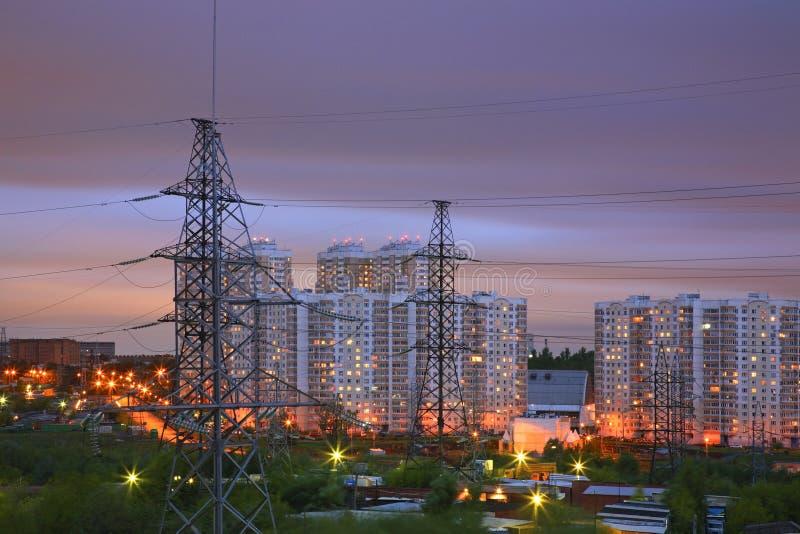 输电线在莫斯科 俄国 免版税库存图片