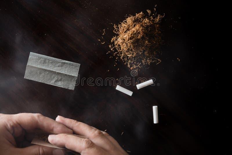 辗压烟草和咖啡 库存图片