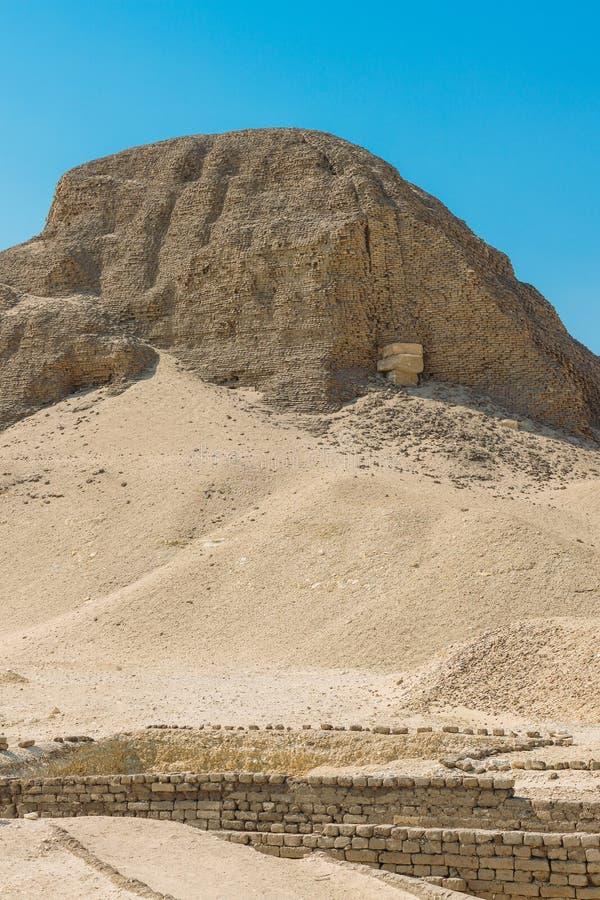 辛努塞尔特二世金字塔在埃及 库存图片