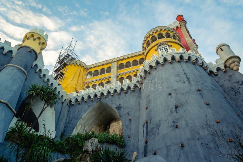 辛特拉、葡萄牙& x28的贝纳全国宫殿; 帕拉西奥Nacional da Pe 库存图片