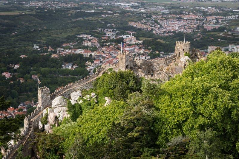 辛特拉 Castelo dos Mouros 免版税库存图片