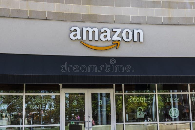 辛辛那提-大约2017年5月:U正方形的亚马逊商店 这是Amazon's第一家辛辛那提砖和泥商店VII 免版税库存图片