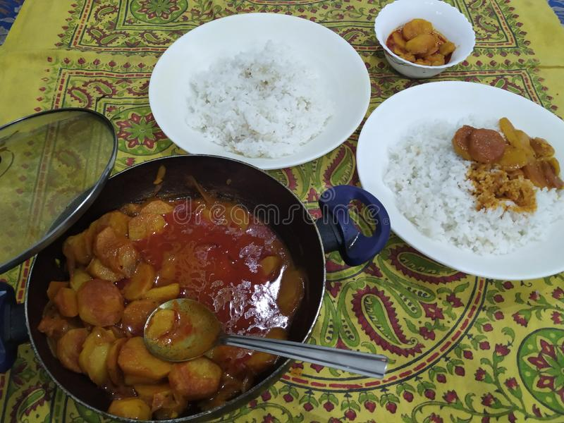 辣土豆和米混合物 免版税库存照片