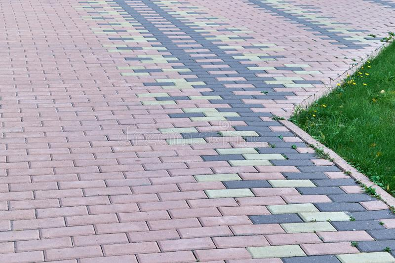 边路标示用长方形形状石块  免版税图库摄影