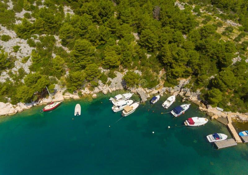达尔马希亚海岸克罗地亚人美好的风景  免版税库存照片