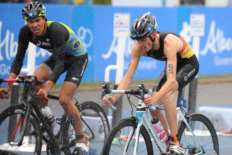 Download 达尼洛皮门特尔和乔纳森齐夫 编辑类照片. 图片 包括有 女性, 健身, 女演员, 竞争, 骑自行车者, 运动员 - 59108746