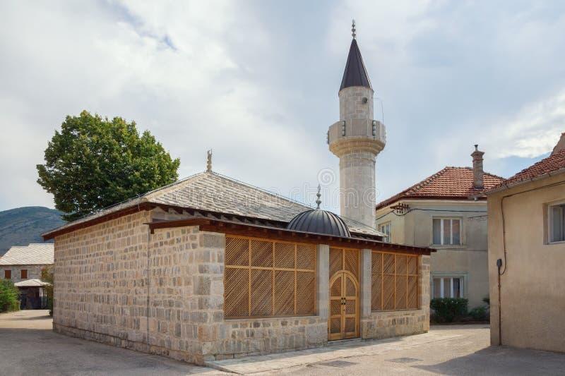 达成协议波斯尼亚夹子色的greyed黑塞哥维那包括专业的区区映射路径替补被遮蔽的状态周围的领土对都市植被 特雷比涅市 苏丹阿哈迈德清真寺看法  库存图片