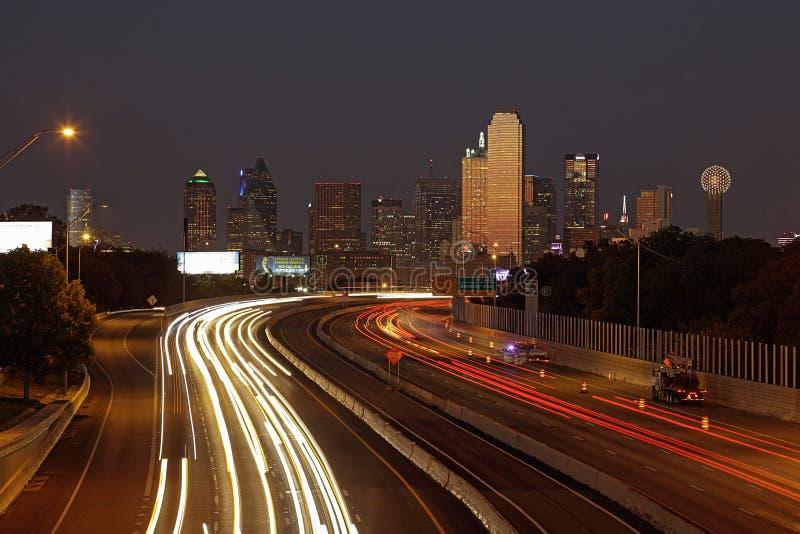 达拉斯在晚上,得克萨斯 免版税库存照片