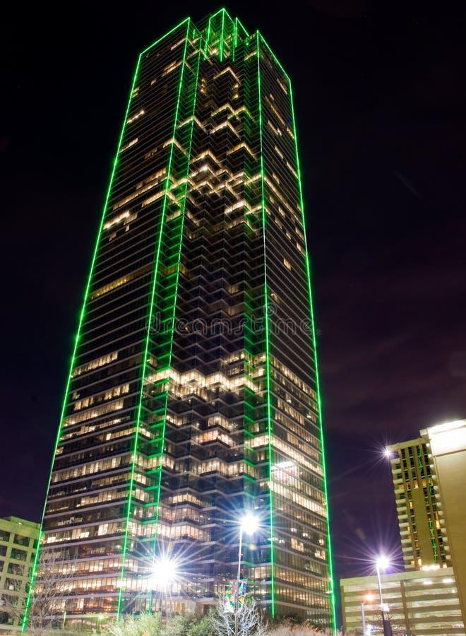 达拉斯晚上摩天大楼tx 免版税库存照片