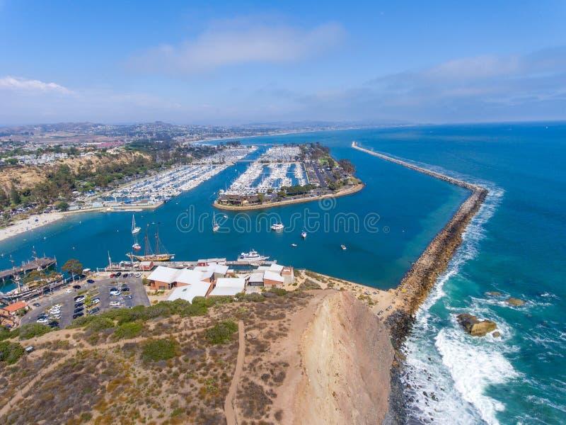 达讷论点海岸线和口岸,加利福尼亚-美国鸟瞰图  库存照片