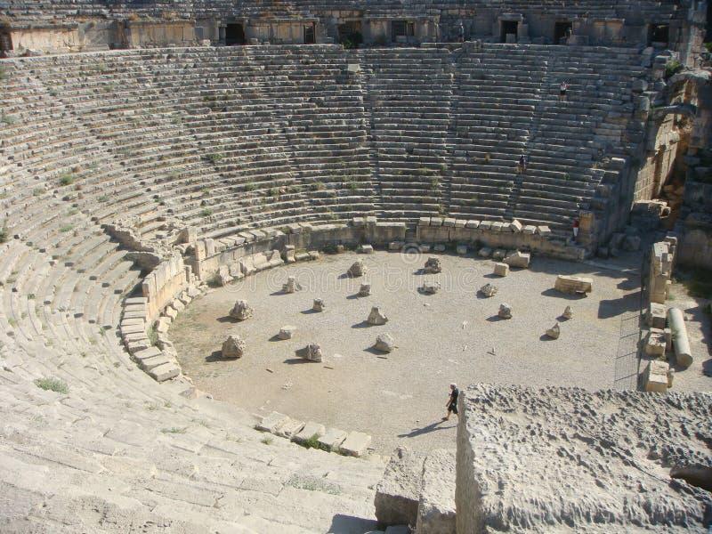 迈拉圆形剧场在土耳其在夏天 图库摄影