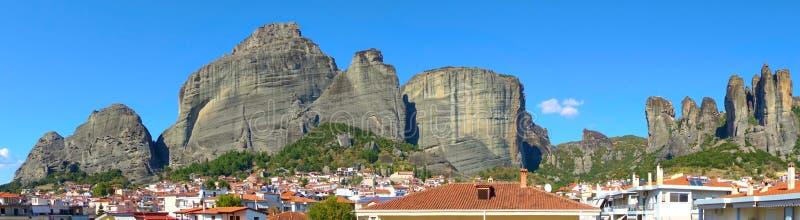 迈泰奥拉岩石的全景 免版税库存照片