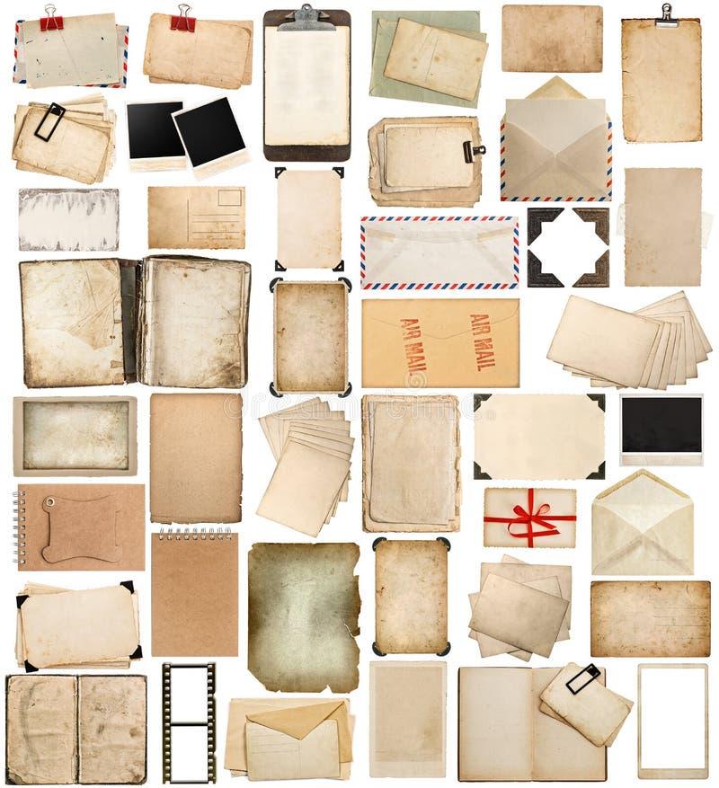 年迈的纸、在白色和老明信片隔绝的书、页 库存照片