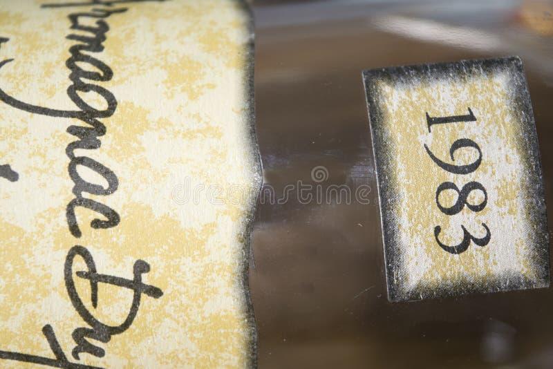 年迈的阿曼那白兰地的标签 免版税库存图片