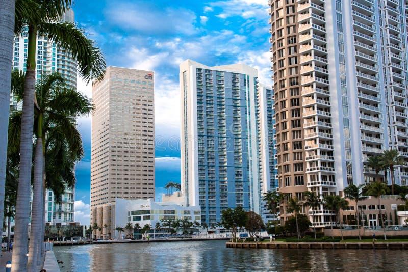 迈阿密、布里克尔钥匙和Brickels地平线 免版税库存照片
