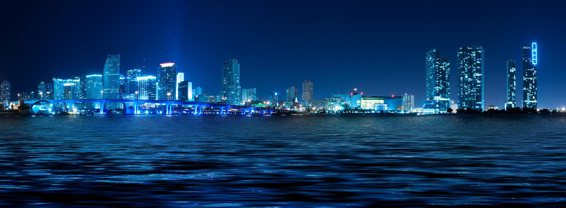 迈阿密晚上地平线 免版税图库摄影