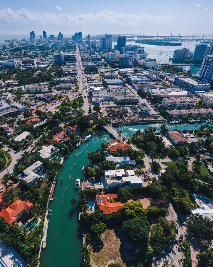 迈阿密海岛鸟瞰图在一好日子 免版税库存照片