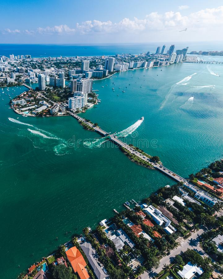 迈阿密海岛鸟瞰图在一好日子 库存照片