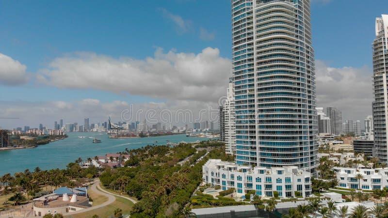迈阿密海滩地平线鸟瞰图从南Pointe公园, Flori的 免版税库存图片