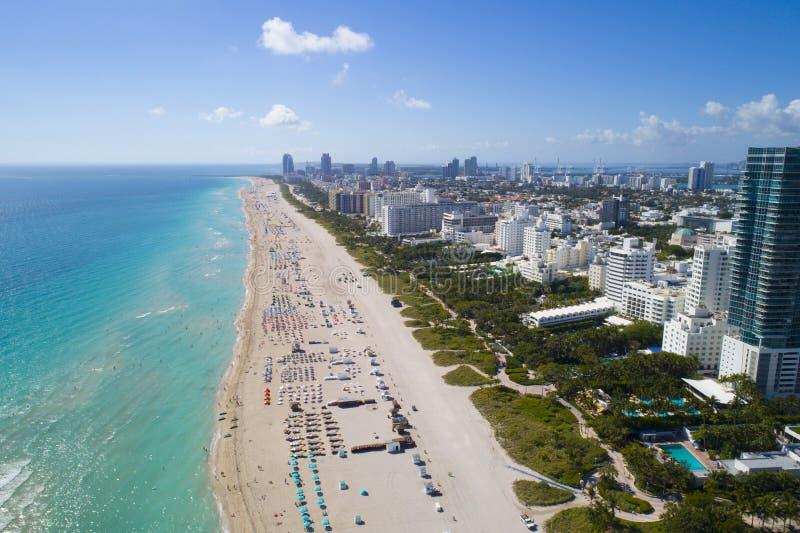 迈阿密海滩假期旅行目的地的空中图象 免版税库存图片