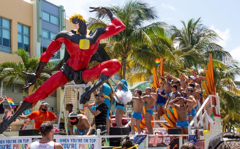 迈阿密海滩同性恋自豪日游行浮游物 图库摄影